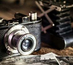 Wallpapers and Cool Pictures for Android, iPhone and iPad Henri Cartier Bresson, Old Cameras, Vintage Cameras, Photography Camera, Video Photography, Cartier Store, Ipad, Photo Libre, Leica Camera