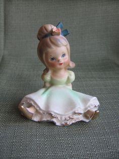 Vintage Napco C6730 Bloomer Girl Figurine Green Dress Bow Hair Brunette