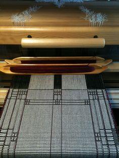 Rep weave. Nice geometric pattern! By Martha Hubbard.