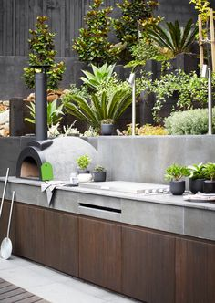 Outdoor kitchen with pizza oven. Backyard outdoor kitchen with Pizza Oven and Built in BBQ Harrison's Landscaping kitchen australian Creative Design Ideas For Your Home Outdoor Areas, Outdoor Rooms, Outdoor Kitchens, Outdoor Barbeque Area, Pizza Oven Outdoor, Barbecue Area, Outdoor Retreat, Bbq Grill, Modern Kitchens