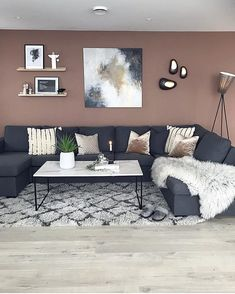 God kveld fra TV-kroken 😘 Blir nok værende her i kveld! Room Design, Open Space Living, Home Living Room, Apartment Decor, Paint Colors For Living Room, Living Room Decor Apartment, Home, Living Room Color, Living Room Grey