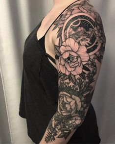 Botanisches Tattoo, Cover Up Tattoos, Piercing Tattoo, Back Tattoo, Forearm Tattoos, Body Art Tattoos, Cool Tattoos, Blackout Tattoo, Insect Tattoo