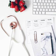 Medical Student Pictures Med School 41 New Ideas School Motivation, Study Motivation, Medical Students, Medical School, Student Picture, Medical Wallpaper, Becoming A Doctor, Med Student, Study Inspiration
