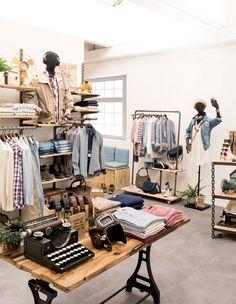 36bb8531f8a #RetifEspaña #Tienda #Decoración #Colección #Muebles #Moda #MaderaNatural  #Vintage. RETIF España · Tiendas de ropa
