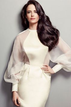 How to Look Like a Million Bucks (Even If Your Bank Account Is Empty) Eva Green: Beauty Secrets of a French Bombshell Dresses Elegant, Beautiful Dresses, Gorgeous Dress, Gorgeous Hair, Fantasy Fashion, Actress Eva Green, Casual Mode, Modelos Fashion, French Actress