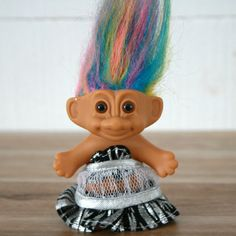 Small trolls dolls with multicolor hair! Boutique Vintage, Back In My Day, Troll Dolls, Vintage 70s, Pastel, Etsy, Hair, Teddy Bear, Cake