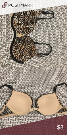 """Victoria's Secret Very Sexy Bra in Leopard Print Good condition Victoria's Secret Very Sexy Bra in a classic leopard print.  Has a silver """"Very Sexy"""" charm on the left strap.  Lightly padded in size 34A. Victoria's Secret Intimates & Sleepwear Bras"""