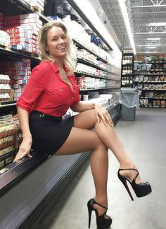 High heels fashion — I ❤️ her sexy beautiful legs in high heels and...