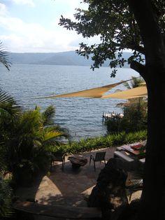 El lago de  Coatepeque, El Salvador
