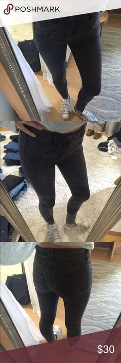 Pacsun Grey Skinny Jeans Perfect body forming skinny jeans by bullhead. Super flattering strechy material!! They are a juniors size 1, which is a 24-25. Cute grey color and perfect condition! Send any questions or offers :) PacSun Jeans