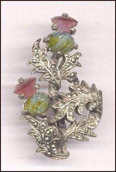 Brooch featuring the floral emblem of Scotland! Tartan, Plaid, Scottish Thistle, Scottish Clans, Harris Tweed, Scotland History, Celtic Art, Jewelery, Vintage Jewelry