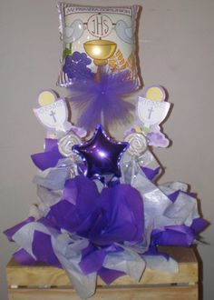 centros de mesa para primera comunion de niño - Buscar con Google First Communion, Christening, Holi, Diy And Crafts, Balloons, Centerpieces, Projects To Try, Wreaths, Party