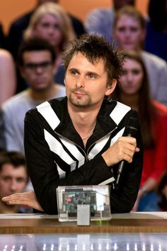 "MUSE: MUSE - 18 December 2012 - ""Le Grand Journal"", TV Show, France"