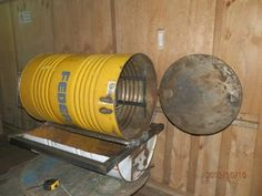 Home - Diario Popular Welding Projects, Projects To Try, Barrel Stove, Oven Diy, Pizza Oven Outdoor, Wood Store, Garden Hose, Firewood, Grilling