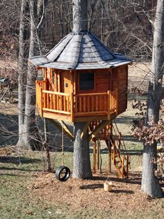 A Crow's Nest-type Treehouse - (Almost) DIY Treehouse