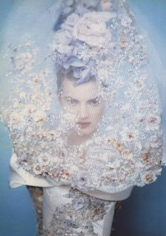 carmidoll:  Christian Lacroix Haute couture by Paolo Roversi
