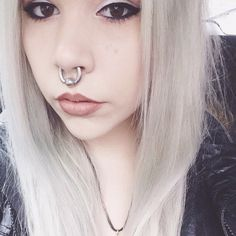 Women with huge septums - Piercing - - Women with huge septums Beauties with strong personality and expression and stretched septum rings from Feel. Septum Piercings, Septum Ring, Cute Nose Piercings, Piercings For Girls, Facial Piercings, Belly Button Piercing, Piercing Tattoo, Big Nose Girl, Stretched Septum
