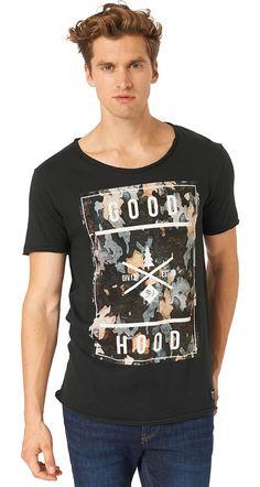 """T-Shirt mit Natur-Thema-Print für Männer (unifarben mit Print, kurzärmlig mit Rundhals-Ausschnitt) aus Jersey gefertigt, offene Enden an den Säumen für einen leichten Used-Look, pigmentierter Foto-Print mit """"good hood""""-Schriftzug. Material: 100 % Baumwolle..."""