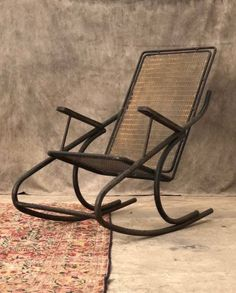 17 antique dealers sell Antique Furniture, Industrial Furniture, Modern & Design Furniture & Decorative Objects selected for their originality & rarity. Metal Rocking Chair, Selling Antique Furniture, Metal Birds, Industrial Furniture, Decorative Objects, Decoration, Modern Design, Furniture Design, Antiques