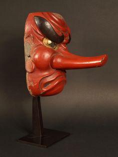 Japon, fin de l'époque Edo, masque Nô de TENGU.