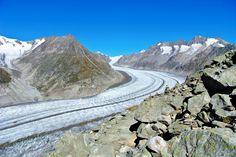 Aletschgletscher Wallis Wanderung - Wandertipp Schweiz - Reiseblog Wallis, Zermatt, Swiss Alps, Train Travel, Cool Pictures, Kanton, Hiking, Country Roads, Mountains