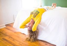 Nama'stay in bed: morning yoga without leaving your bed
