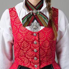 Tromsbunaden for kvinner Folk Costume, Costumes, Folk Clothing, Norway, Vest, How To Wear, Jackets, Clothes, Beauty