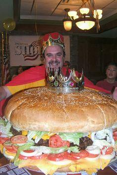 The burger king Memes Gratis, Big Burgers, Real Burger, Food Porn, Candy Cakes, World's Biggest, Big Meals, Food Places, Hamburgers