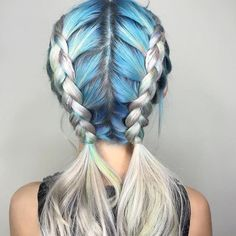 Here's a look that's festival-ready: Double Dutch braids with a dose of blue. Image: @chitabeseau
