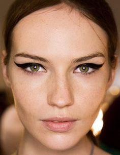 Winged eyeliner!