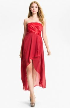 strapless chiffon short homecoming dress with high low skirt and jewel waist Vestidos High Low, Top Mode, Red Summer Dresses, Black Dress With Sleeves, Short Sleeves, White Midi Dress, Asymmetrical Dress, Nordstrom Dresses, Dress P