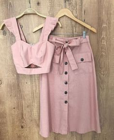 Lilly Correia 👗 Classy Outfits, Trendy Outfits, Cool Outfits, Two Piece Dress, Two Piece Outfit, Hijab Fashion, Fashion Dresses, Retro Dress, Dress Outfits
