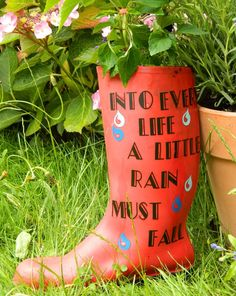 Cricut Explore Wellie Boot Plant Pots #upcycle #howto #diy