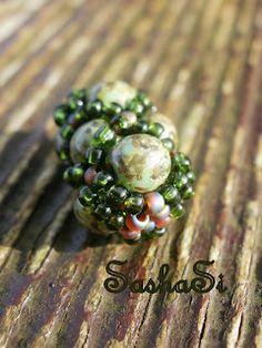 A very simple beaded bead