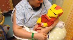 El papá que transformó a su recién nacido hospitalizado en Iron Man con un disfraz DIY. | 31 momentos que nos devolvieron la fe en la humanidad en 2014