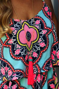 All Eyes On Me Necklace: Neon Pink #shophopes
