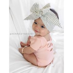 Baby Style // Kids Fashion // Young Style // Children's Fashion // Wild Child // Free Spirit // Moon Child // Boho Babies ❤︎ Baby Kind, Cute Baby Girl, Cute Babies, Baby Boy, Baby Girl Onesie, Baby Girls, Baby Girl Bows, Baby Girl Princess, Toddler Girls