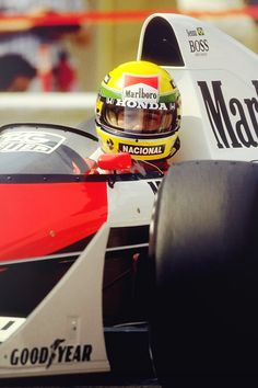 Senna - look to where you want to go