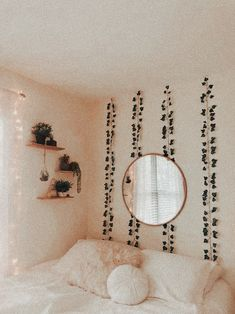 Diy Home Decor Bedroom, Room Ideas Bedroom, Bedroom Inspo, Bedroom Designs, Cute Room Ideas, Aesthetic Room Decor, Cozy Room, Dream Rooms, Dream Bedroom