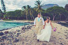 Maui's photo props! | Romantic Olowalu Plantation House Wedding | Maui Weddings | Maui Wedding Photographer | Photographer: http://www.caitlincatheyphoto.com/