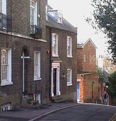 The Hampstead lodgings of Robert Louis Stevenson, Abernathy House, Mount Vernon, Hampstead Hampstead London, Hampstead Heath, England Ireland, London England, Kerb Appeal, Upper Crust, Uk Trip, London Landmarks, London Today