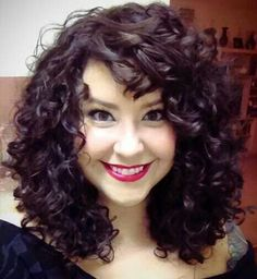Medium Curly Hairstyles with Bangs Curly Hair With Bangs, Curly Hair Tips, Short Curly Hair, Curly Hair Styles, Thick Hair, Short Curls, Pixie Bangs, Curly Lob, Loose Curls