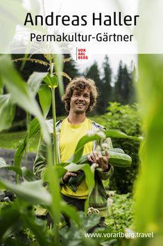 Andreas Haller setzt als Permakultur-Gärtner im Kleinwalsertal auf Selbstversorgung. Wir haben ihn besucht und ihm bei der Gartenarbeit über die Schulter geschaut. Andreas, Permaculture, Food Items, Shoulder, Landscape, Nature, Health