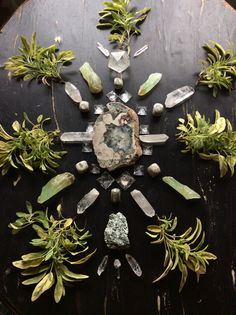 Moss Agate from Soledade Brazil, Actinolite, Green Calcite, Quartz, Quartz pyramids, Quartz Icosahedron, Lemurian Quartz, Peace Jade and Sage from our garden - with love from Woodlights Woudlicht