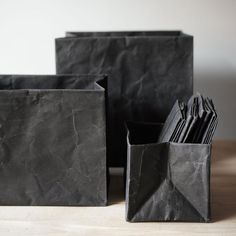 Functional and beautiful, Siwa products come from 1000 years of Japanese paper making. Washi maker Onao teamed up with industrial designer Naoto Fukasawa to create these individually crafted paper box Naoto Fukasawa, Japanese Paper, Black Paper, Black Box, Desk Accessories, Washi, Artsy Fartsy, Home Remodeling, Packaging Design