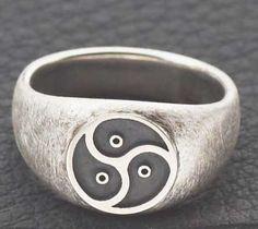 ring , triskel-themed, shopdero