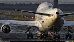 747 preparing for take off