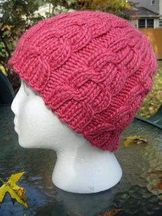 Saint_anthony_cable_hat_small2