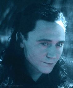 "Tom Hiddleston ""Loki"" Still from ""The Dark World"" From http://loki-stole-the-blue-box.tumblr.com/post/78695503263 #taggedfordrawingreference"
