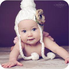 such a sweet baby girl!    peekaboophotos: Avery